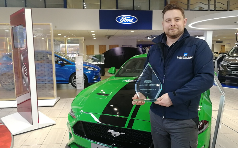 Bristol Street Motors Birmingham Motor Technician Wins National Award