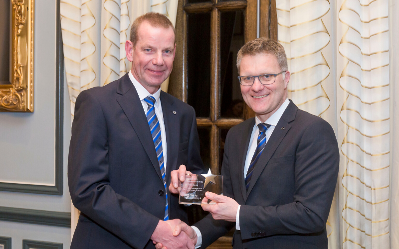 Vertu Volkswagen Nottingham Motor Professional Receives Second National Award